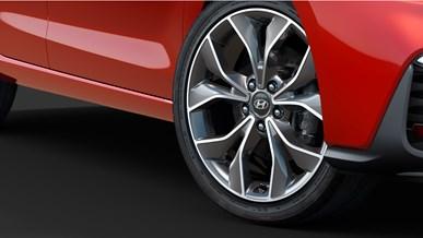 """18"""" aluminiumfälgar och högeffektiva däck"""