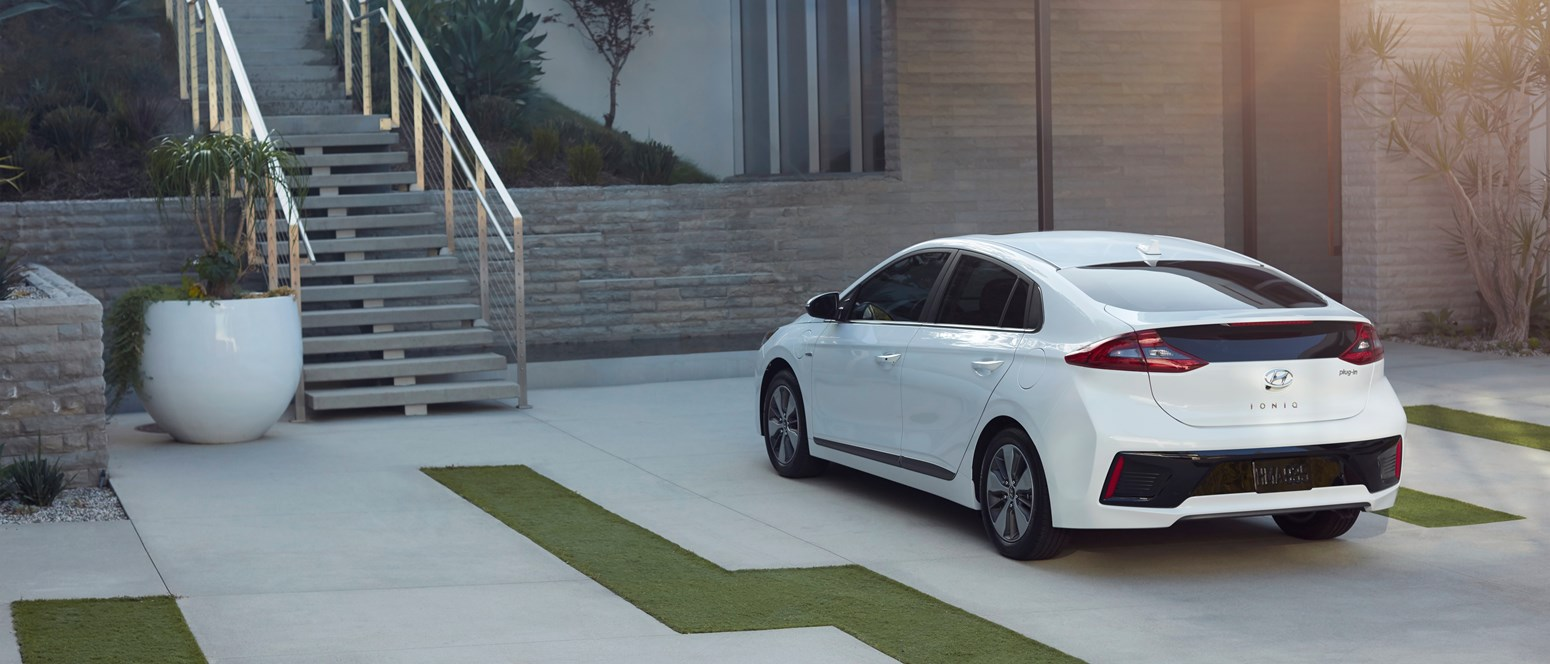 Så laddar du bäst din elbil - I hemmet, på jobbet, under resan