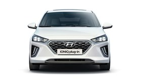 120812 Hyundai Progress 1440X810 IONIQ Plug In Front